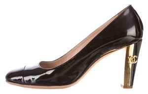 Chanel Black Patent Patent Leather Black, Gold Pumps