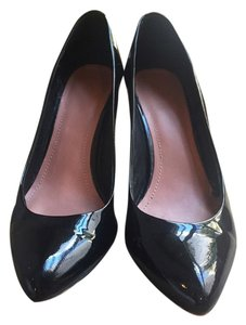 Vince Camuto Classic Black Patent Leather Pumps