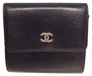 Chanel Chanel #3037 CC black leather double sided wallet with coin card holder