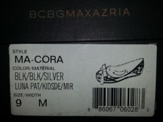 BCBGMAXAZRIA black and silver Flats
