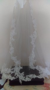 Alfred Angelo Style 114 French Lace Veil W/ Sequins And Beading