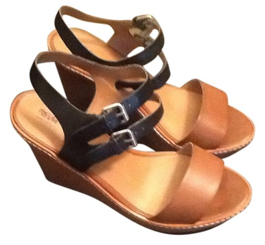 Preload https://item2.tradesy.com/images/wesser-tan-and-blue-wedges-697886-0-0.jpg?width=440&height=440