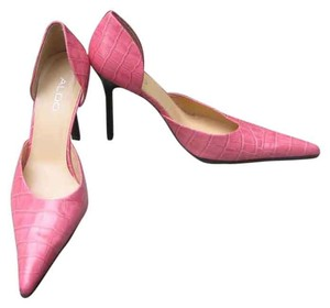ALDO Alligator Pattern Sexy Pink corol Pumps