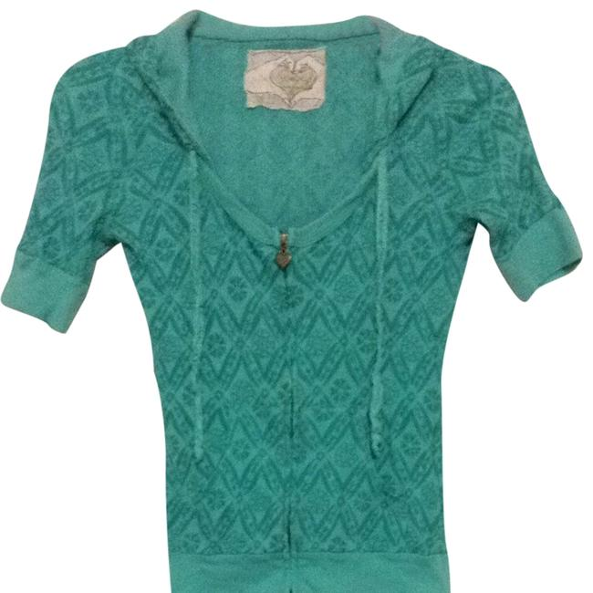 Preload https://img-static.tradesy.com/item/698077/crafty-couture-turquoise-green-tee-shirt-size-6-s-0-0-650-650.jpg
