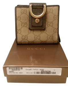 Gucci abbey monogram bifold wallet with D ring