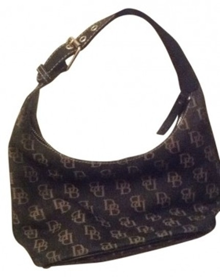 Preload https://img-static.tradesy.com/item/6984/dooney-and-bourke-black-and-gold-tote-0-0-540-540.jpg