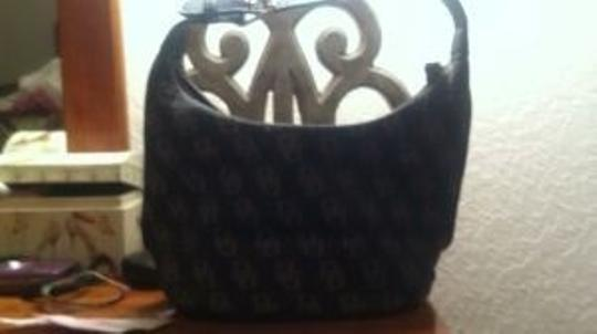 Dooney & Bourke Tote in black and gold