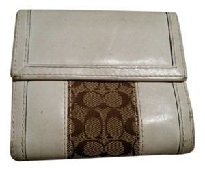 Coach Coach White and brown Bi-Fold Wallet with Coin Purse