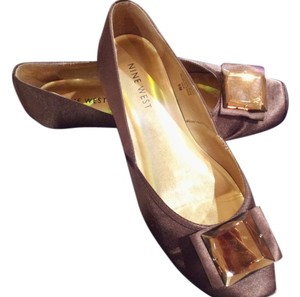 Nine West brown Flats