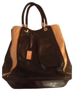 Badgley Mischka Tote in Black/Tan