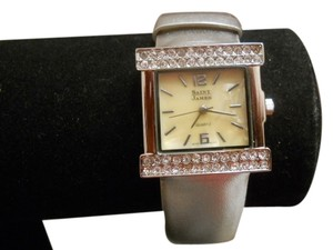 vintage SAINT JAMES vintage saint james women watch in silver color