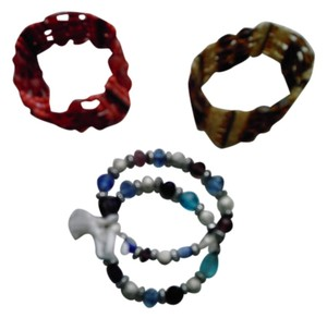 4 BRAND NEW STRETCH BRACELETS!!