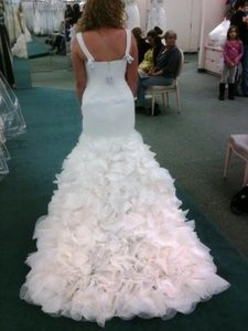 Vera Wang Georgette Mermaid Gown Wedding Dress