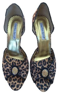 Charles David leopard Pumps