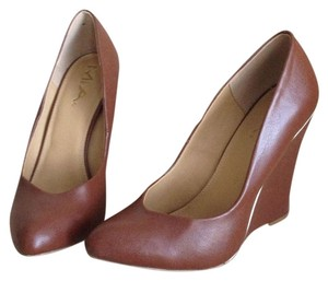 Mia Shoes Camel Wedges