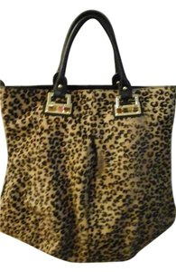 Charles Jourdan Tote in Leopard print