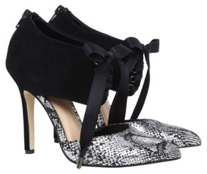Sole Society Black and silver Pumps