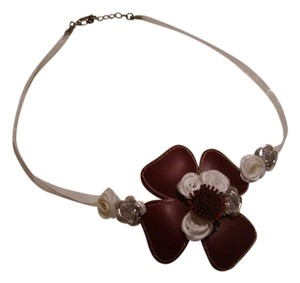Unique Necklace with Flowers