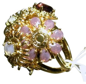 Coach COACH~TONY DUQUETTE GOLD TONE BOUQUET CRYSTAL FLOWER RING NWT~Size 8~95913~Limited Edition