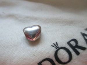 PANDORA Authentic PANDORA Sterling Silver BIG SMOOTH HEART Puffy Charm 790137