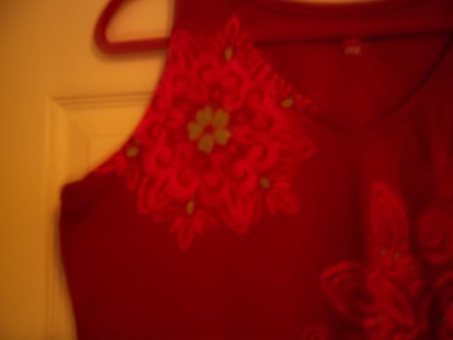 Hanes Top Dark Pink with Bright Pink Flowers