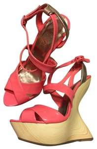 Rouge Wedges