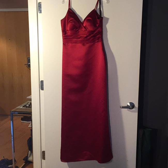 Item - Red Polyester Formal Bridesmaid/Mob Dress Size 8 (M)