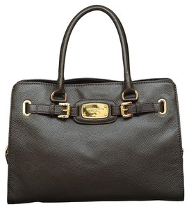 Michael Kors Gold Hardware Mk Large Hamilton Pebbled Leather Mk Black Tote in Black/Gold Hardware
