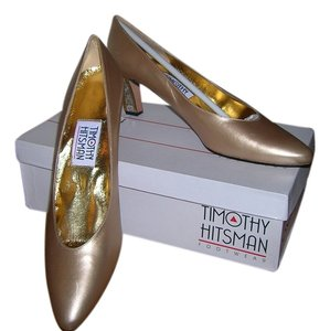 Timothy Hitsman Gold Pumps