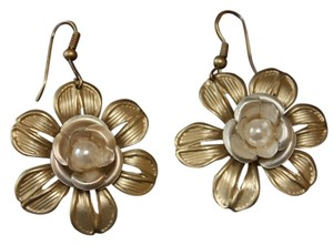 Boutique Gold Rose Earring