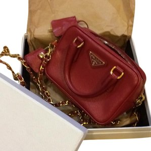 9d2317aefcfd Prada Mini Bags - Up to 70% off at Tradesy
