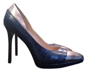 Paris Hilton Stilletos Pointy Print Blue/Silver Pumps