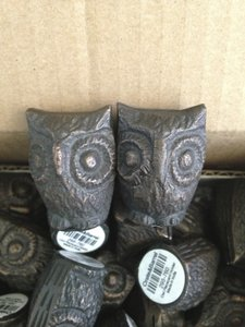 Crate & Barrel Bronze 18 Place Card Owls Tableware