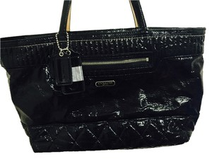 Coach Leather Patent Leather Tote in black