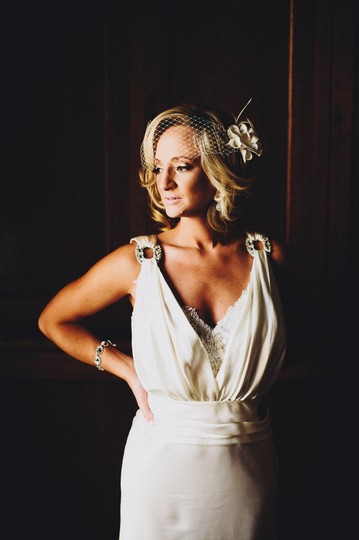 Preload https://img-static.tradesy.com/item/704158/lusan-mandongus-ivory-satin-vintage-wedding-dress-size-2-xs-0-0-540-540.jpg