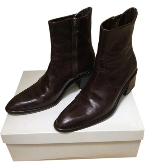 Preload https://item1.tradesy.com/images/joan-and-david-dark-brown-bootsbooties-size-us-8-regular-m-b-7045-0-1.jpg?width=440&height=440