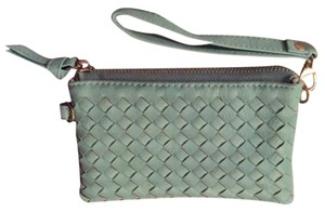 LF Wristlet in Mint green