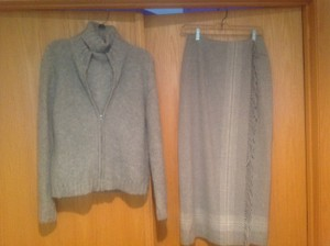 Jones New York Jones New York 3 piece sweater & skirt suit; sweater sz L; skirt sz 6