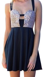 Xenia Boutique Party Sequin Dress
