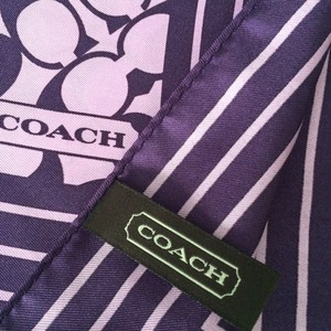 Coach AUTHENTIC COACH SIGNATURE PURPLE SILK SCARF