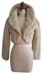 Hot Kiss Shrug Shawl Faux Fur Bolero tan Jacket