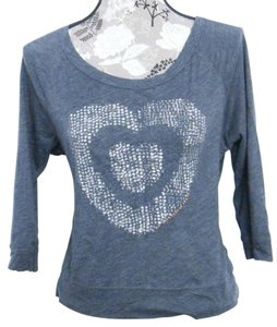 American Eagle Outfitters Sweatshirt Tee Heart Love Sweater