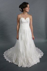 White Lace Applique Tulle A-line Sweetheart Neckline Bridal Gown Wedding Dress Wedding Dress