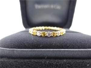 Tiffany & Co. Tiffany & Co 18K Yellow Gold Sapphire & Diamond Shared Prong Band Ring .87Ct