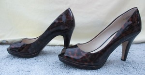 Anne Klein Sexy Peep Toe Brown Animal Print Pumps