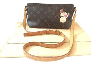 Louis Vuitton Panda Trotteur Takashi Murakami Limited Edition Cross Body Bag 4433cf2598de