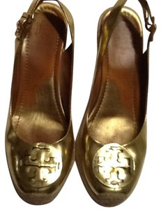 Tory Burch Wedges Gold Wedges