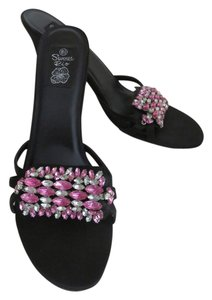 Summer Rio Rhinestones Open Toe Size 8.5 Black, Pink, Clear Sandals