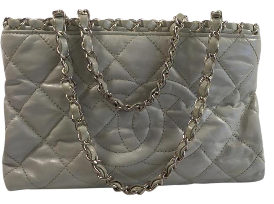 Chanel Chain Strap Silver Open Top Zipped Compartments Tote in Ivory ... 7ac6e00a52101