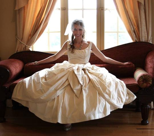Silk Taffeta Wedding Gowns: BHLDN Ivory/ Champagne Silk Taffeta Ball Gown Vintage